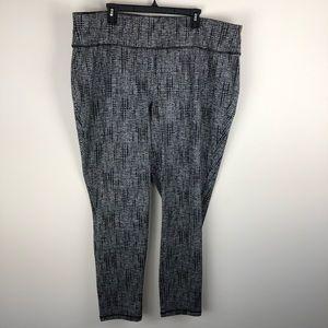 Livi Active Gray Black Dot Print Legging 26/28 J72